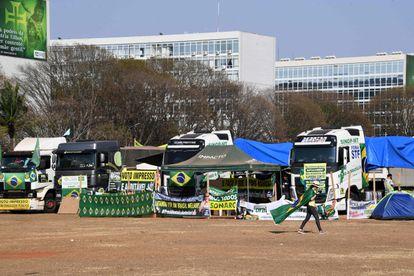 Caminhoneiros bolsonaristas ocupam a Esplanada dos Ministérios em apoio ao presidente Jair Bolsonaro no dia 9 de setembro.