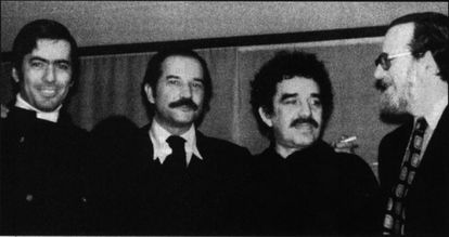 Da esquerda para a direita, Mario Vargas Llosa, Carlos Fuentes, Gabriel García Márquez e José Donoso, por volta de 1970.