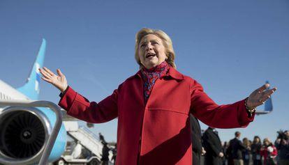 A candidata Hillary Clinton faz campanha em Pittsburgh.