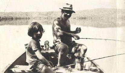 Piroli pescando com filho Bruno, o Bumba, inspiração do livro 'O Menino e o Pinto do Menino'