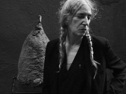 A cantora e poeta Patti Smith, fotografada neste ano por Steven Sebring.