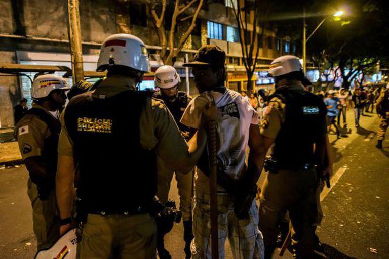 Um homem é detido em Belo Horizonte.
