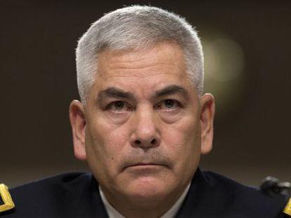 O comandante norte-americano no Afeganistão, general John Campbell.