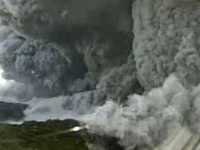 Erupção do monte Shindake hoje.