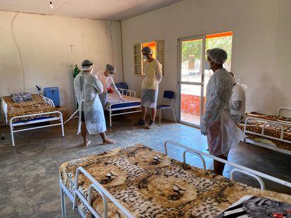 Unidade de saúde criada para tratar infectados pelo coronavírus na aldeia.