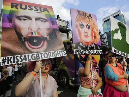 Protestos contra Putin, Trump e crítica à ditadura militar em São Paulo.