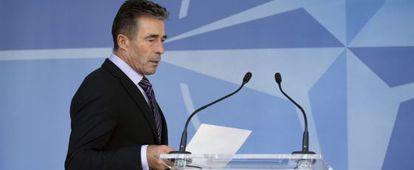 O secretário-geral da OTAN, Anders Fogh Rasmussen, em sua apresentação aos jornalistas.