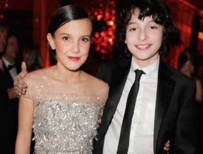 Millie Bobby Brown (Eleven, na série) e Finn Wolfhard (Mike) numa festa da Netflix em janeiro.