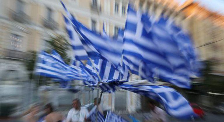 Partidários do não em Atenas.