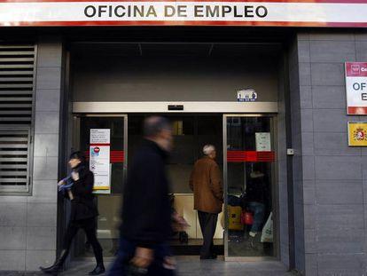Uma agência de empregos em Madri.